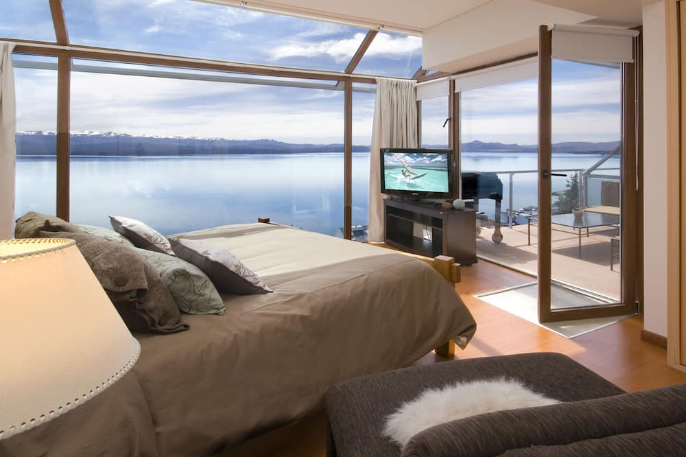 Exclusive Apartment, 3 Bedrooms, Lake View - Room