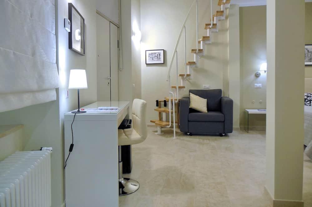 ห้องแฟมิลี่สวีท, 2 ห้องนอน - พื้นที่นั่งเล่น