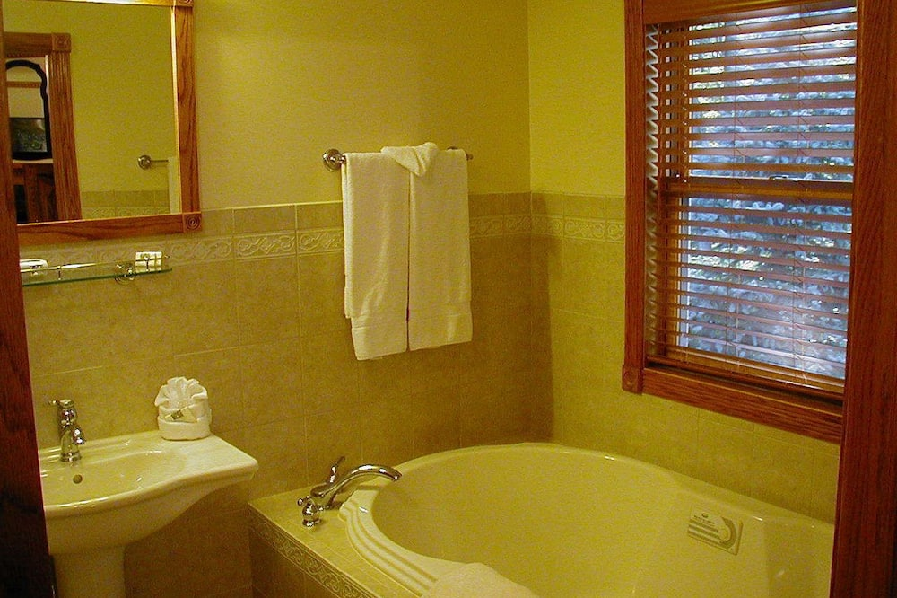 Deluxe-Einzelzimmer, 1King-Bett, Nichtraucher - Badewanne