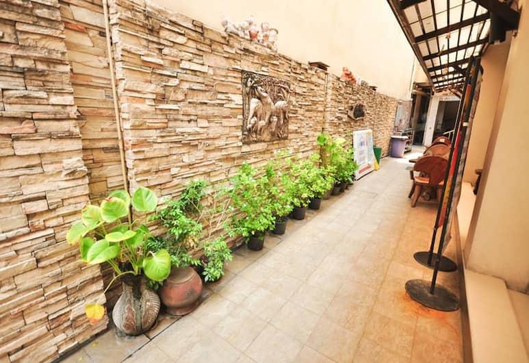 At Home Guest House, Bangkok