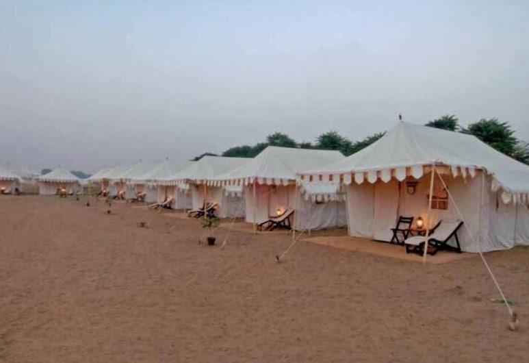 Kumbh Mela Cottage Accomodation, Karchana, Beach