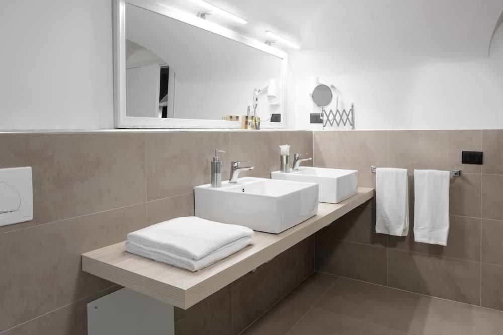 Chambre Quadruple Exécutive - Salle de bain