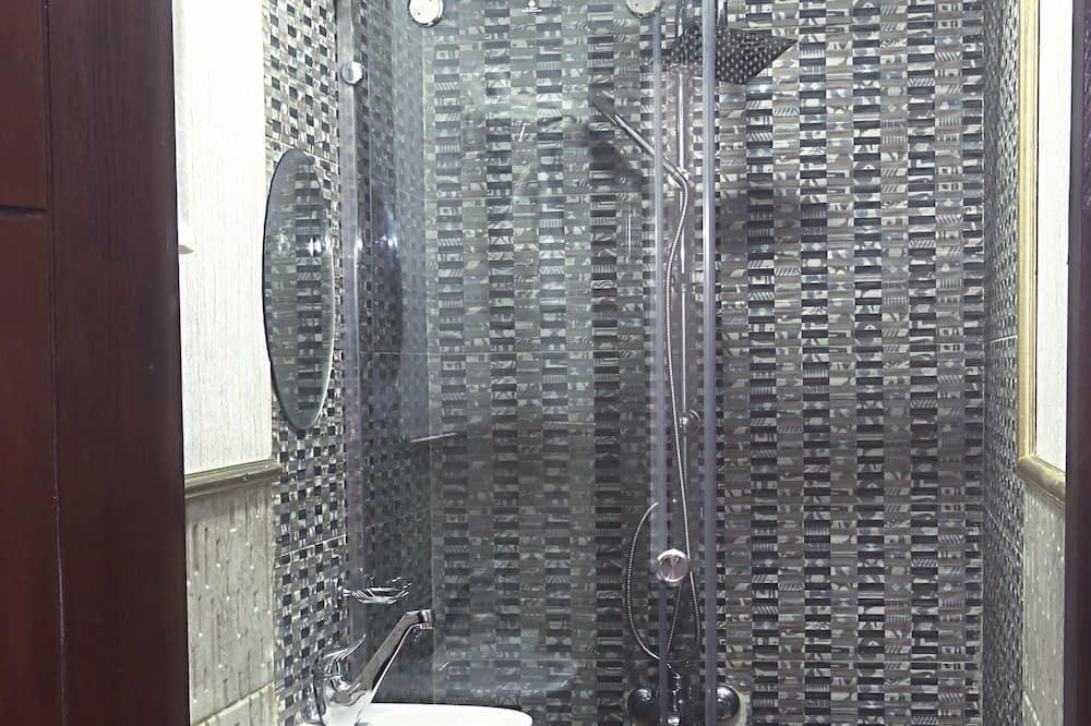 Exclusive Double Room, City View (Horus) - Bilik mandi