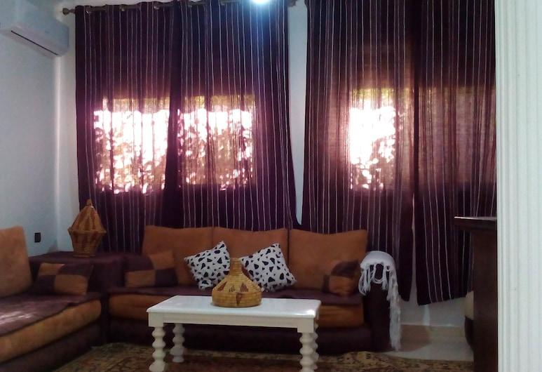 La Torreblanca Appartement, Beni Mellal, Apartment, 2 Bedrooms, Living Room
