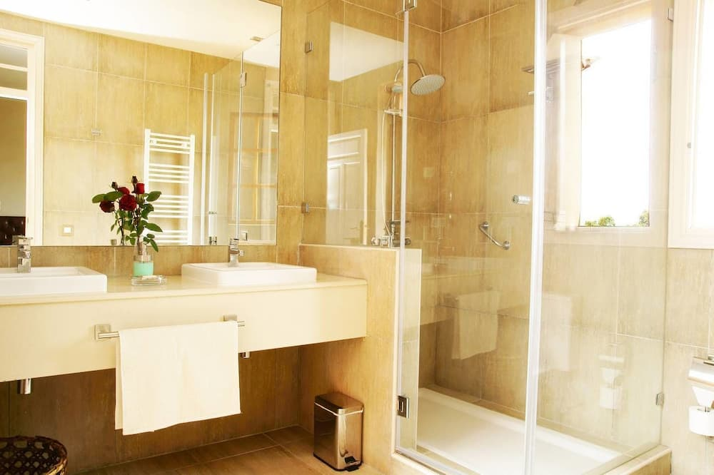 Nhà, 2 phòng ngủ, Hiên (Laurel) - Phòng tắm