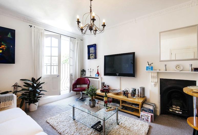 Stunning Orbain Road House - BYG, London