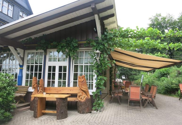 Hotel Seebode, Ebsdorfergrund, Speisen im Freien