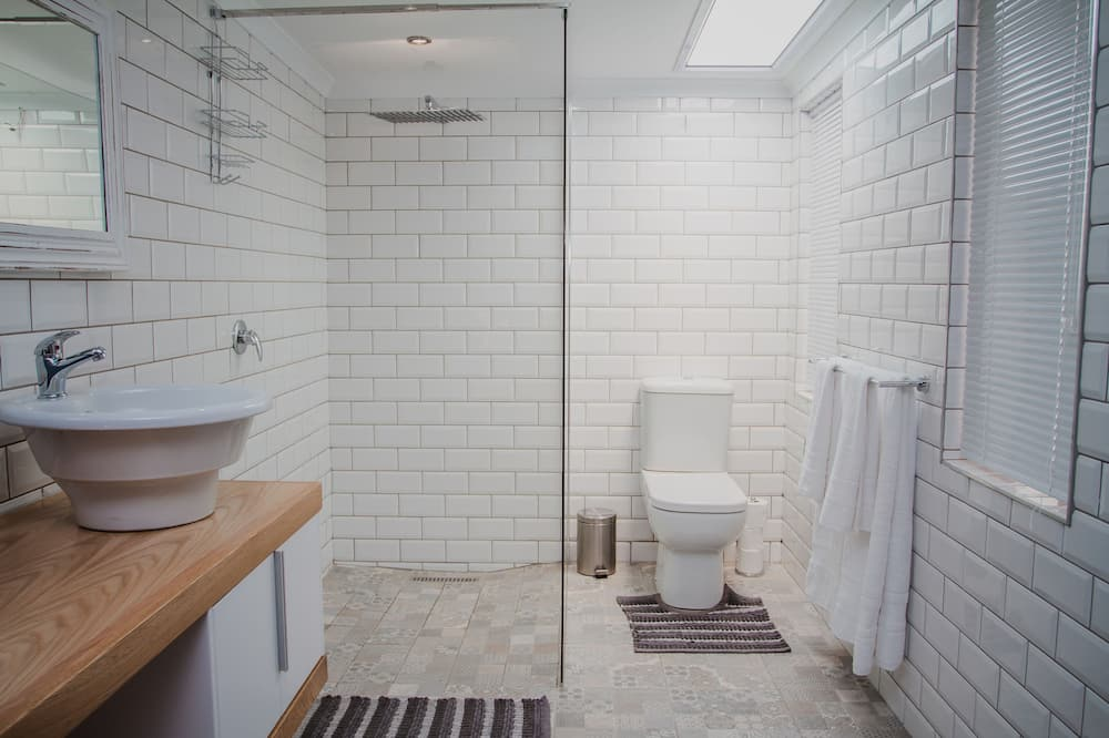 Deluxe Double Room, Non Smoking (Paris) - Bathroom