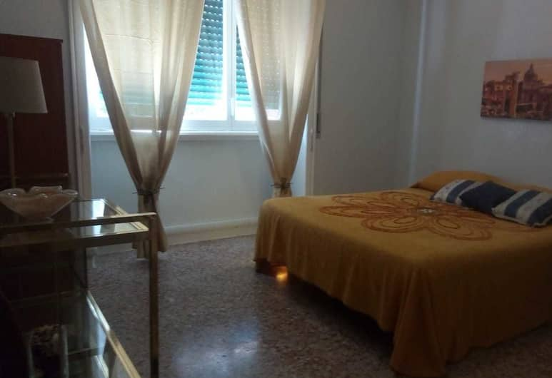Roma Capoccia B&B, Rome, Triple Room, Private Bathroom (3), Guest Room