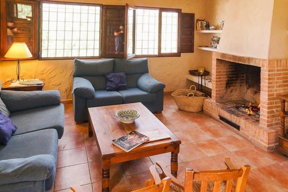 Māja, četras guļamistabas (Almendro) - Dzīvojamā istaba