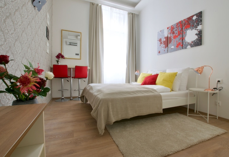 St. King 11 by Hi5 Apartments, Budapest, Premium Double Room, 1 Double Bed, Non Smoking, Guest Room