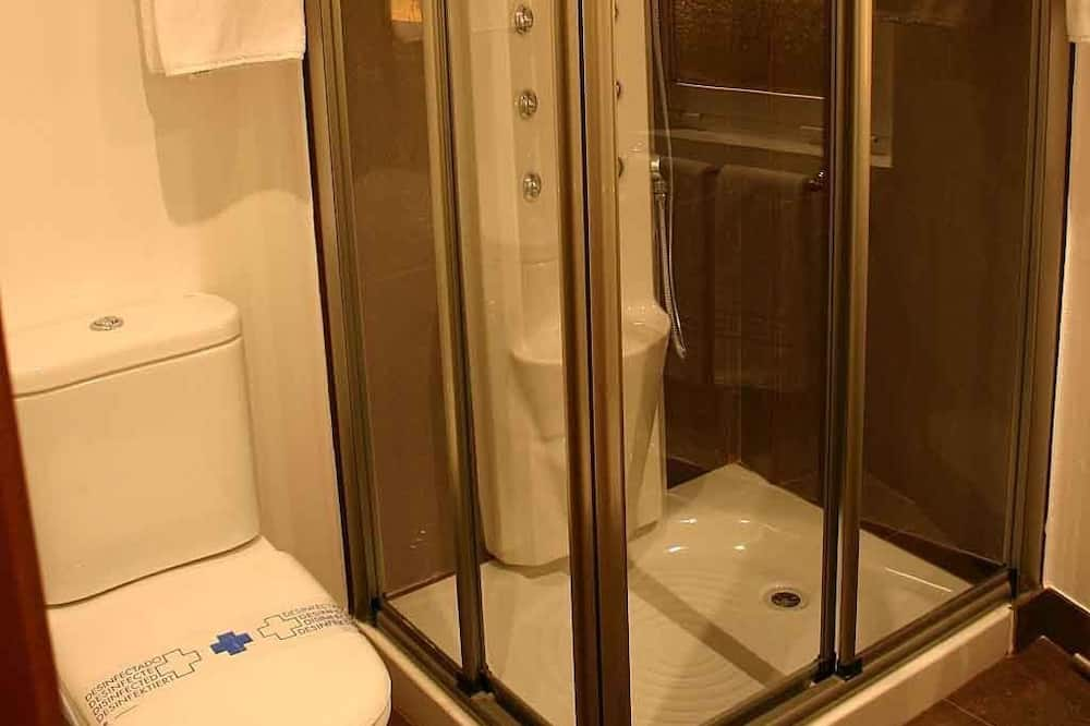 Familienzimmer (2 adults + 2 children) - Badezimmer