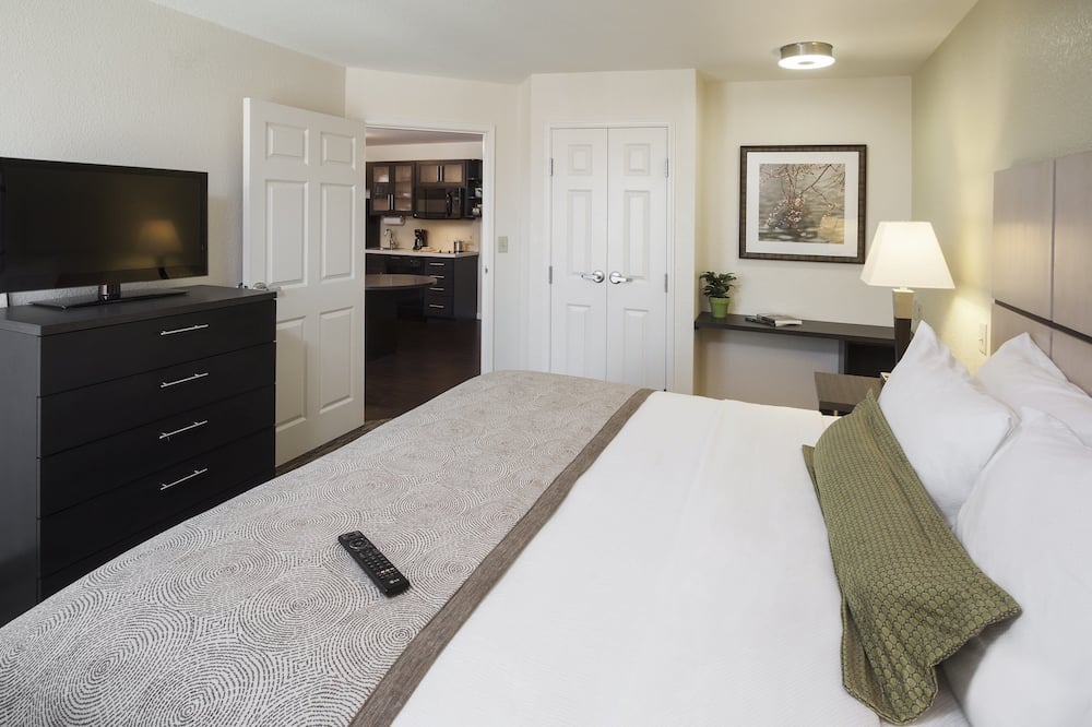 Studio Suite, 1 Queen Bed, Accessible (Mobility) - Guest Room