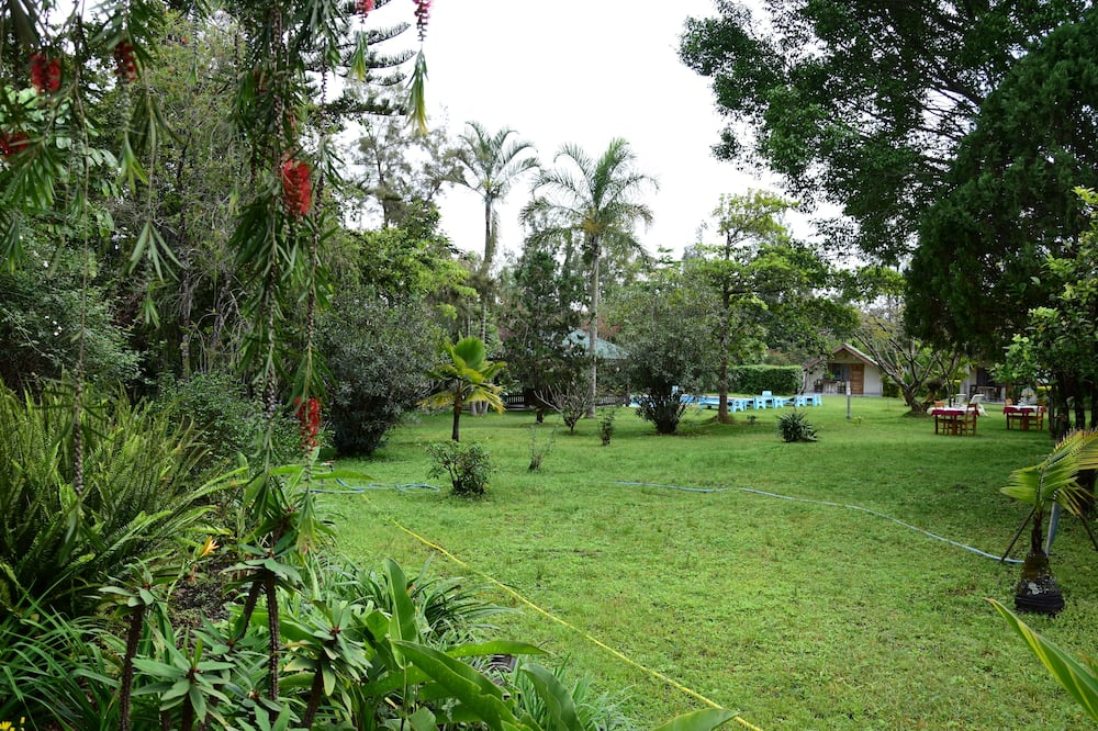 Terrenos del establecimiento