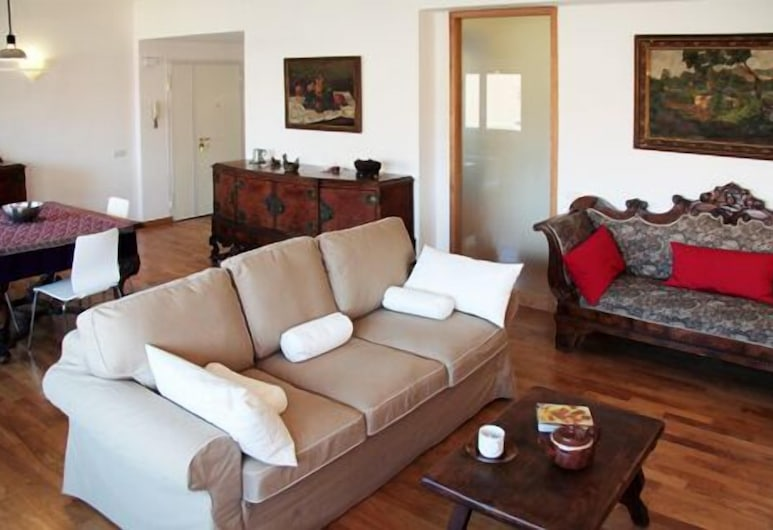 Spacious Halldis Apartment With 2 Balconies, Just 500m From Circo Massimo, Rome