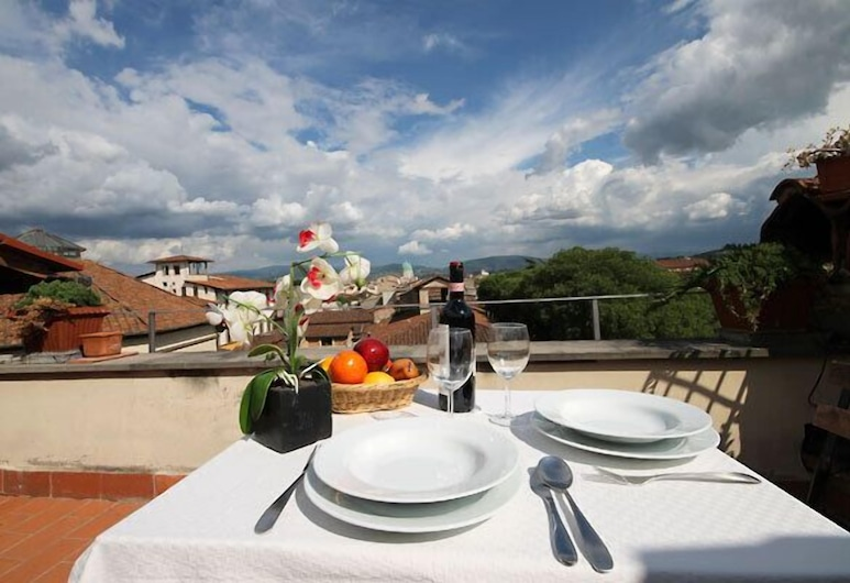 Costanza - Lovely flat with terrace and great view(Florence center), Florence, Balcon