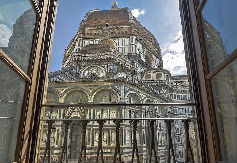 Artemisia - Modern & bright, with perfect location overlooking Piazza Duomo, Firenze, Esterni