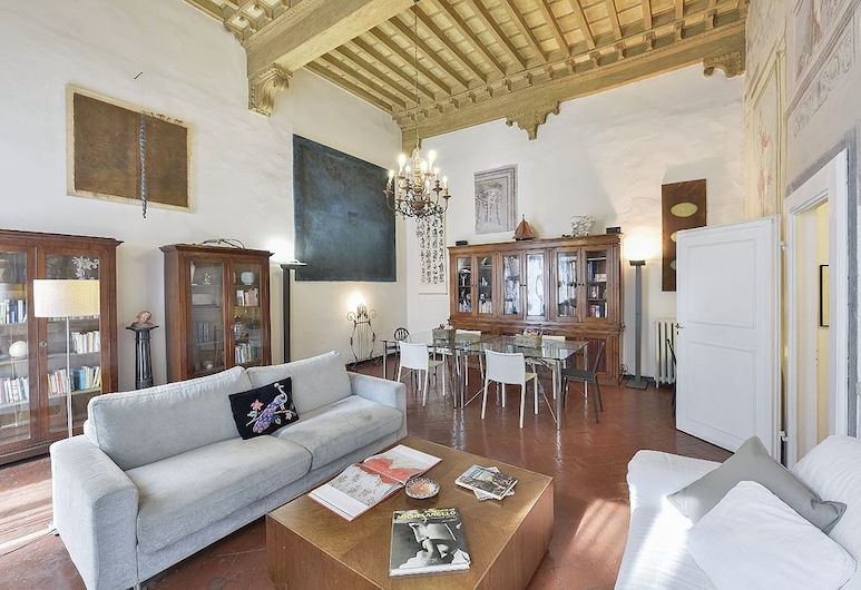 Caesar Terrace - Original and vintage styled flat, lovely terrace, Firenze, Soggiorno