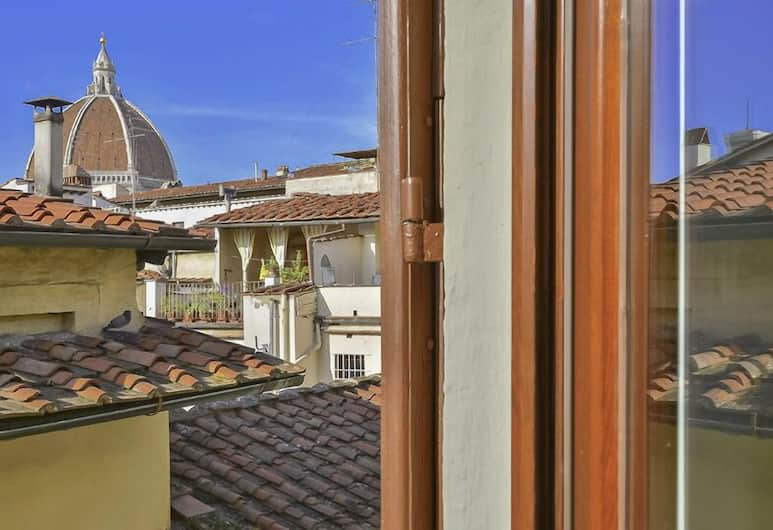 Anselmi - Colorful and cozy, 2 minutes from Santa Croce church, Florence, Balkon