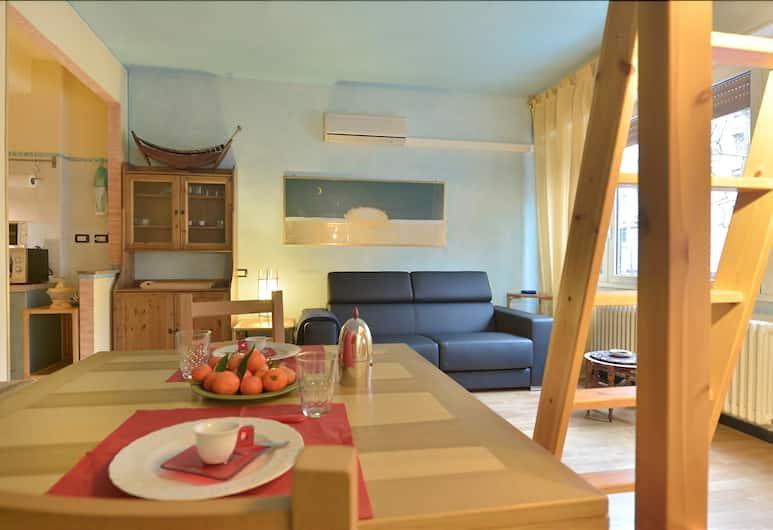 Duse - Comfortable & cozy studio, great location, Bologna, Soggiorno