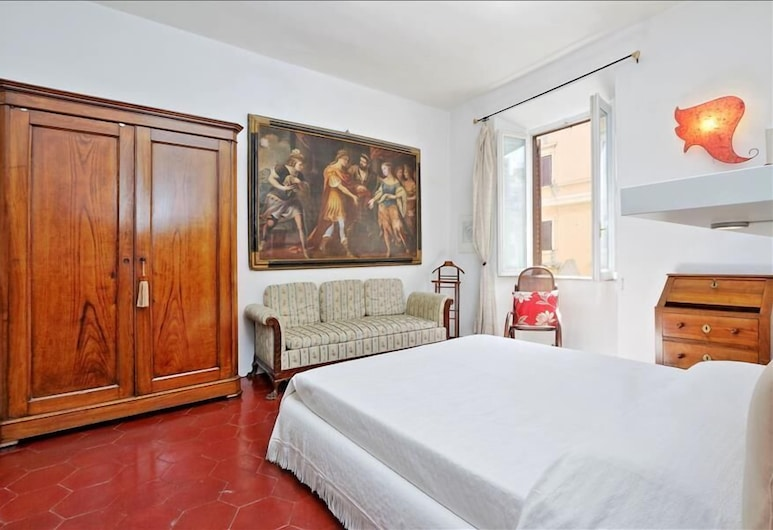 Quiet, bright and spacious Halldis apartment just few minutes from the Vatican, Rome, Oda