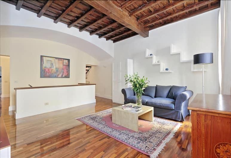 Wonderful Halldis apartment on 2 floors in the heart of Trastevere, Rome