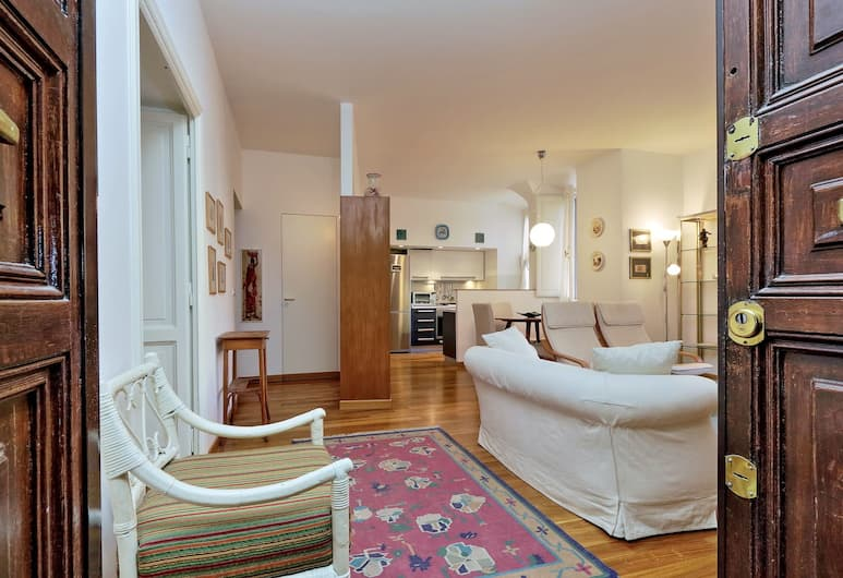 Very neat and cozy Halldis apartment in the San Giovanni area, Rome, Apartment, Living Room