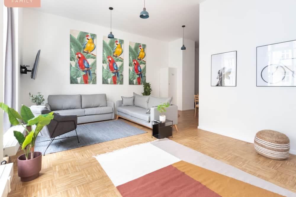 Семейные апартаменты (F20) - Зона гостиной