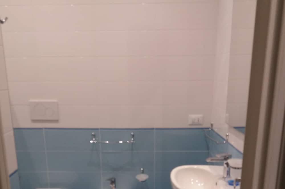 舒適客房 - 浴室