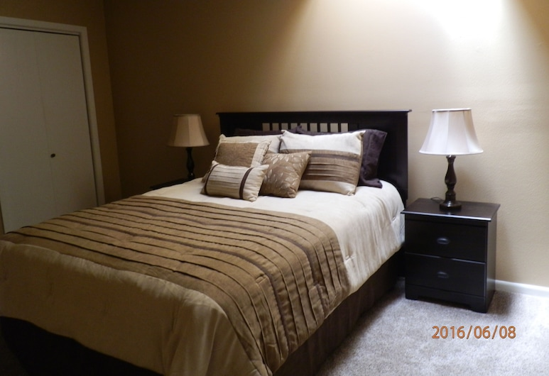City Club Guest House - All The Comforts Of Home, Waukon