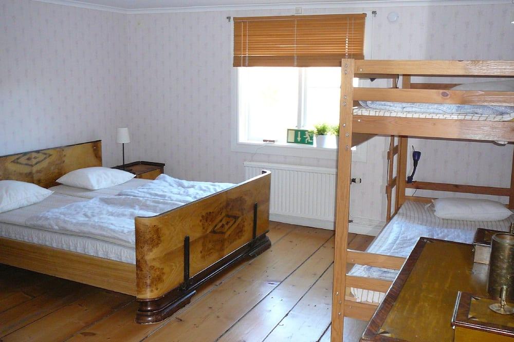 Habitación cuádruple, baño compartido - Habitación