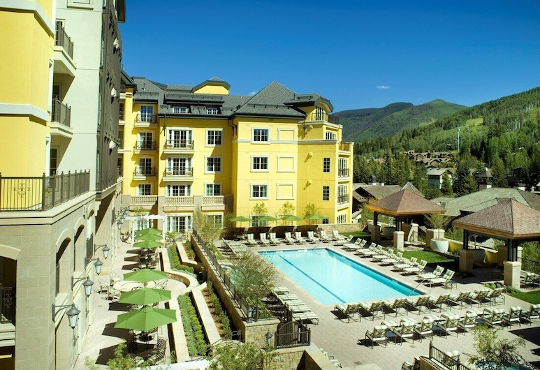 4 Bedroom Valley View Residence With Access to Pool, Spa & Firepit, Vail