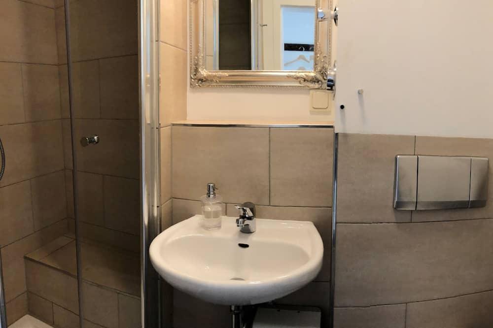 Apartment, Private Bathroom (W5) - Bathroom