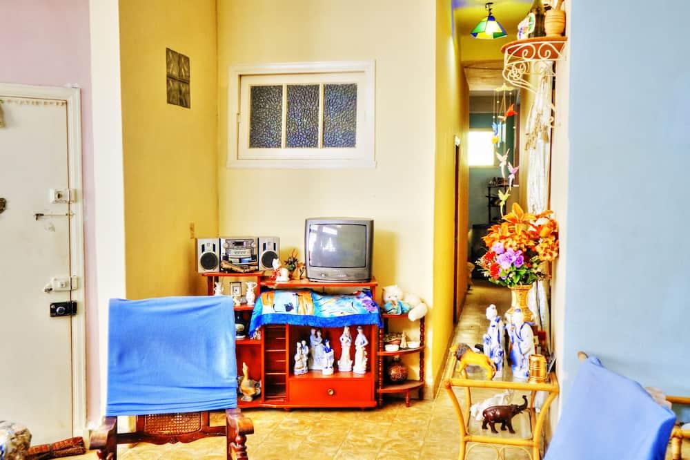Komforta četrvietīgs numurs, vairākas gultas - Dzīvojamā zona