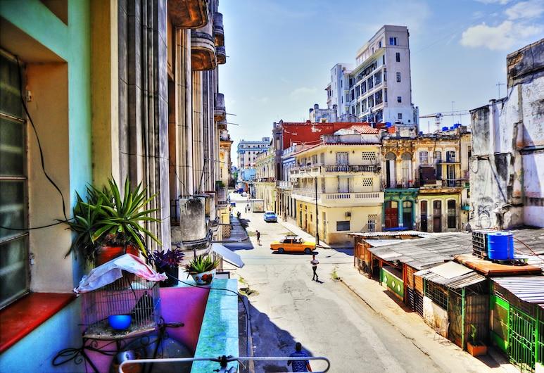 Rosario's Home, Havana