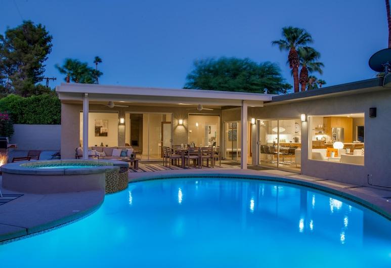 Bon Vivant Palms Holiday home 4, Palm Springs, House, Outdoor Pool
