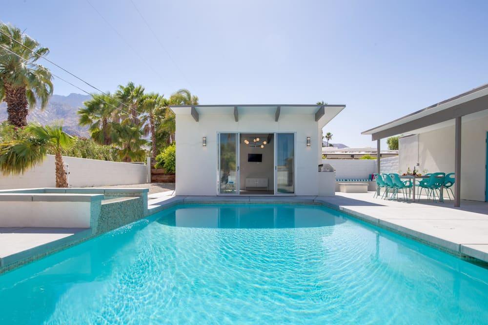 منزل - عدة أسرّة (Dive-In Palm Springs) - حمّام سباحة خارجي