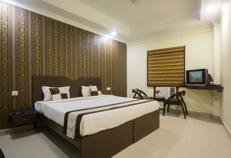 The Chamber Hotel & Restaurant, Agra, Deluxe Room, Guest Room