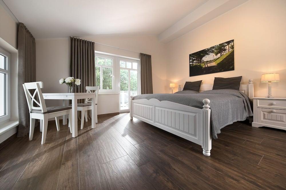 Deluxe Double Room, Balcony - Guest Room