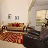 Biệt thự dành cho gia đình, Ban công, Khu vực vườn - Khu phòng khách