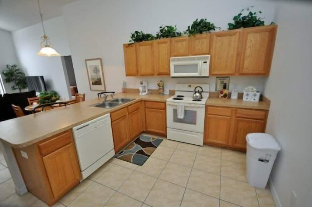 Family Villa, Balcony, Garden Area - Shared kitchen