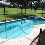 Rodinná vila, vířivka, v zahradě - Venkovní bazén