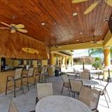 Family Condo, Balcony, Garden Area - Poolside Bar