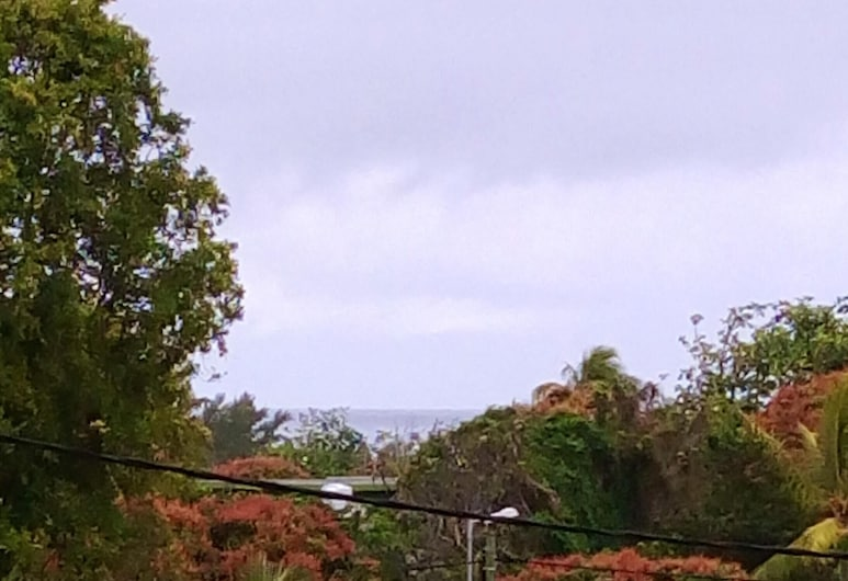 Studio in Souillac, With Wonderful sea View, Terrace and Wifi, Souillac, Kolam Renang