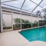 Family villa, privaatbasseiniga, asukoht aias / aiapoolne - Bassein