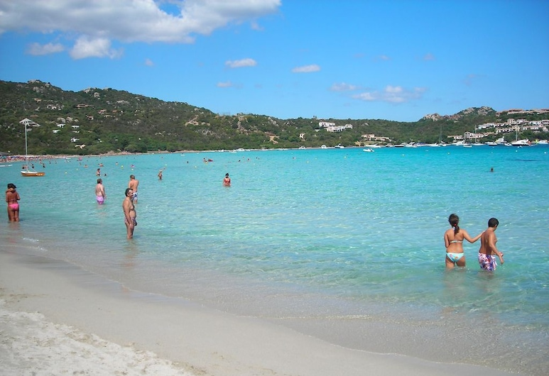 Residence Le Corti Di Marinella, Golfo Aranci, Strand
