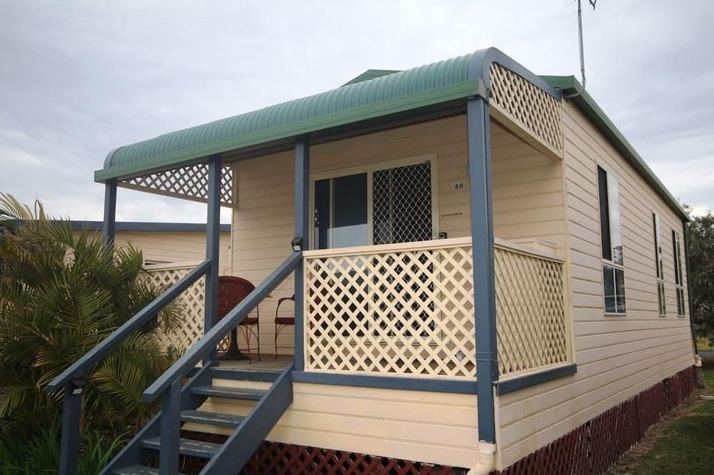 Domek wypoczynkowy, 2 sypialnie (Cabin 8b) - Balkon