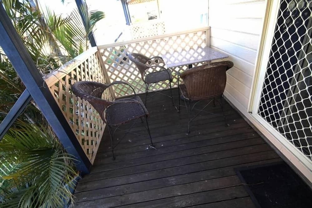 Будиночок, 4 спальні (Cabin 9) - Балкон
