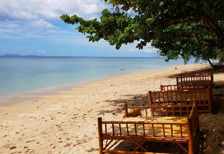 Naraya Resort, Ko Lanta, Strand