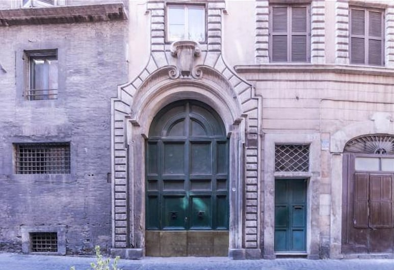 Monserrato Historical Home, Roma